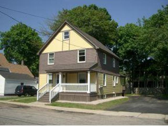 1 Bedroom Apartment At 41 Pine St In, Rochester, Nh