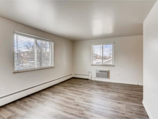 1 Bedroom Apartment For Rent At 1150 S Allison St, Lakewood, Co 80232 Kendrick Lake