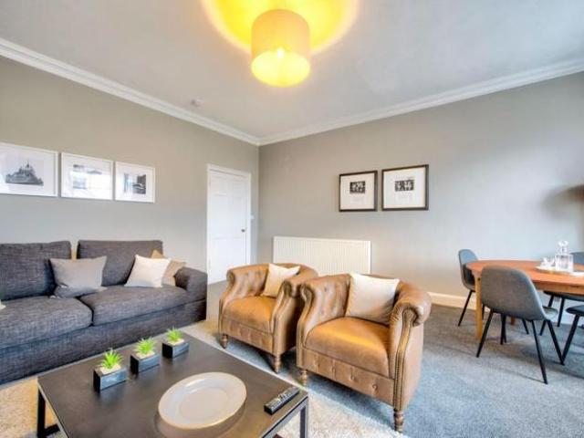 1 Bedroom Apartment New Town, Edinburgh Scotland For Sale At 325000
