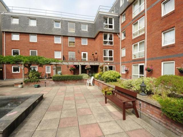 1 Bedroom Apartment Plymouth South West England