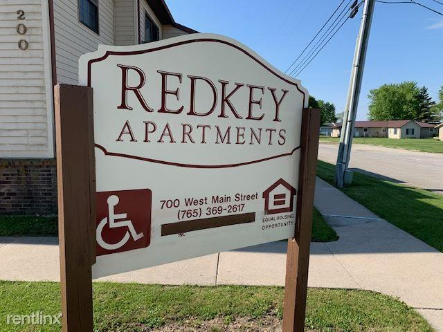 1 Bedroom Apartment Redkey In
