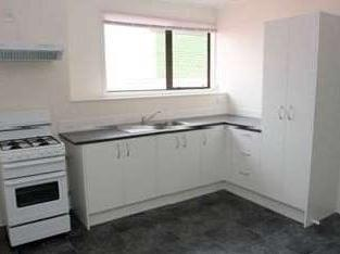 1 Bedroom Available In A 2 Br Flat