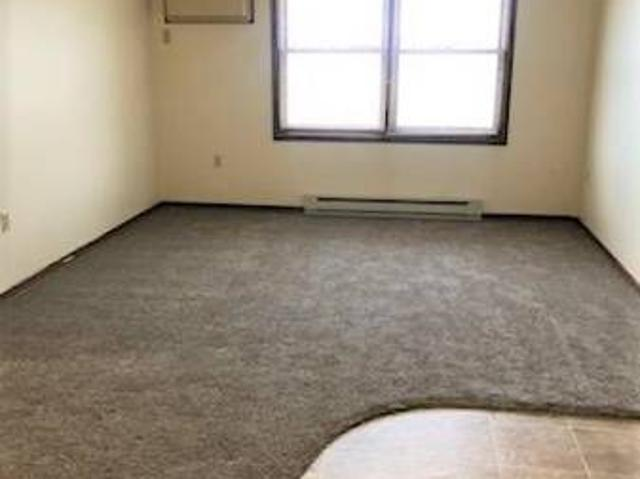 1 Bedroom Available In Whitehall Whitehall