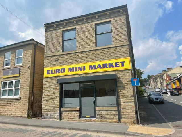 1 Bedroom Commercial To Rent In Westgate, Cleckheaton, Bd19 5ey On Boomin