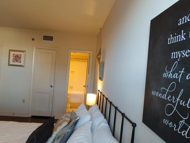 1 Bedroom Condo For Rent At 1205 Saint Charles Ave #713, New Orleans, La 70130 Central City