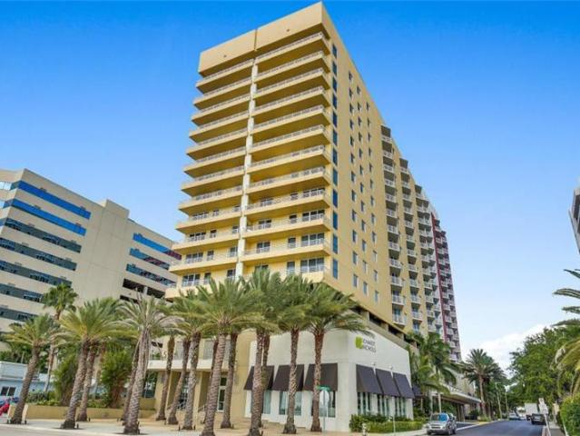 1 Bedroom Condo For Rent At 1551 N Flagler Dr #1204, West Palm Beach, Fl 33401