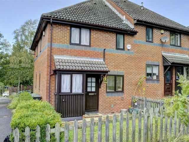 1 Bedroom Houses To Rent High Wycombe Houses To Rent In High Wycombe Mitula Property