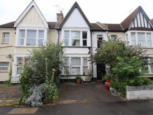 1 Bedroom Flat For Sale In Valkyrie Road, Westcliff On Sea On Boomin