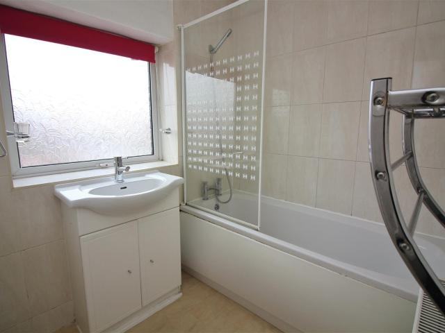 1 Bedroom Flat To Rent In St Leonards Road East, Lytham St. Annes On Boomin