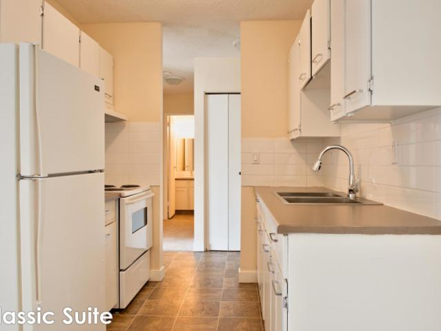 1 Bedroom, Fort Mcmurray Ab T9h 2l1
