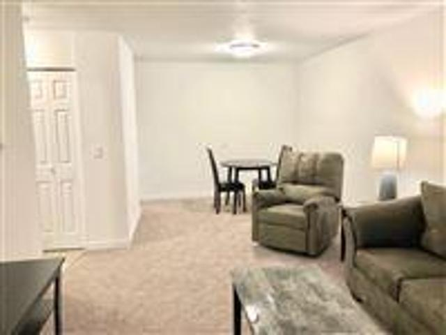 1 Bedroom, Mason City Ia 50401