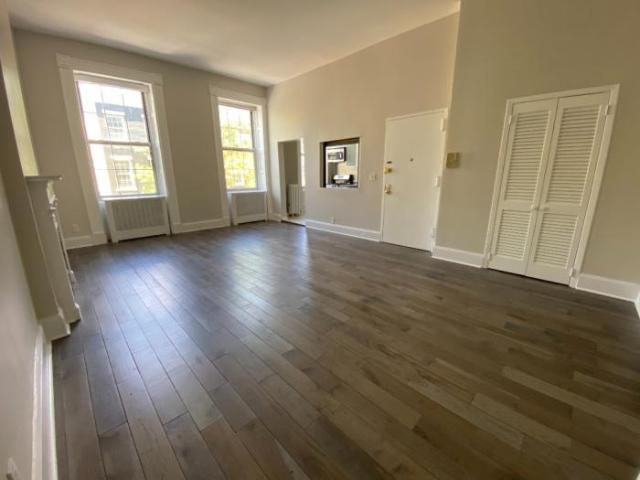 1 Bedroom Single Family Home New York Ny For Rent At 7950