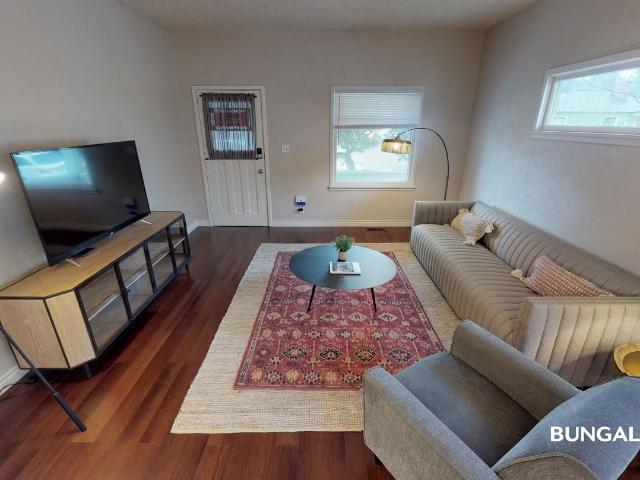 1 Br, 1 Bath House 4811 Se Haig Street Private Bedroom In Classic Richmond Home Right Off ...