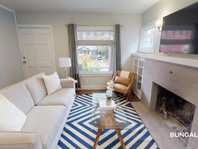 1 Br, 1 Bath House 5649 11th Ave Ne Private Bedroom In Beautiful University District Craft...
