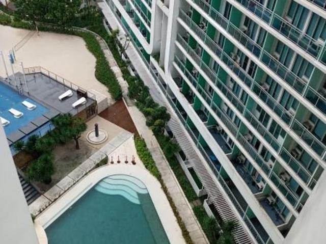 1 Br Facing The Pool 7288191
