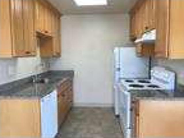 1 Br In Benicia 2nd Floor, Covered Parking!