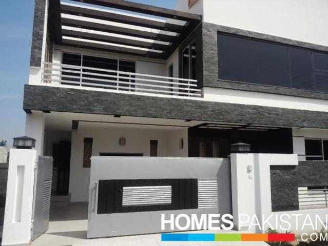 1 Kanal 5 Bedrooms Outclass Location House For Sale In L Block