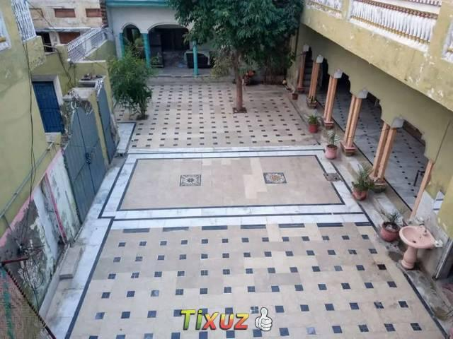 1 Kanal Building For Sale