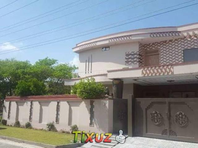 1 Kinal New Look Solid House Excellent Location