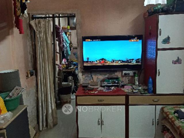 1 Rk In Independent House For Sale In Chembur