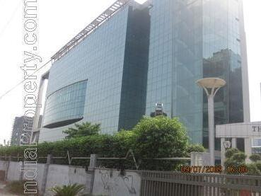 2000 Sq Ft Warm Sell Office Space Available For Rent In I.t Park