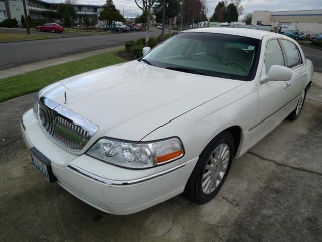 Lincoln town car used cars in auburn mitula cars for My town motors auburn wa