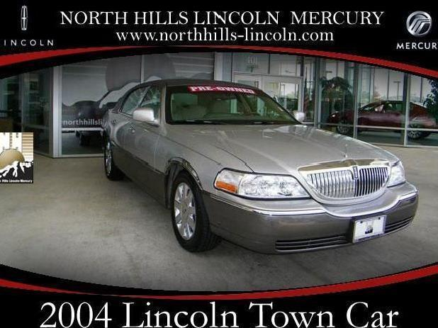 Two Tone Lincoln Town Car Used Cars Mitula Cars