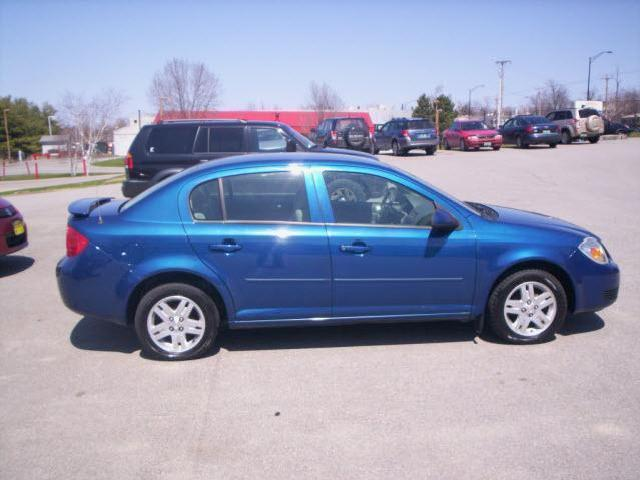 gallery for 2006 chevy cobalt 4 door blue. Black Bedroom Furniture Sets. Home Design Ideas