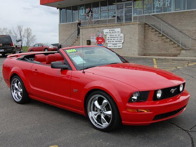 <strong>2005</strong> <strong>Ford</strong> <strong>Mustang</strong> 2dr Conv <strong>Gt</strong> Deluxe
