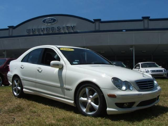2005 mercedes benz c class used cars in durham mitula cars for Durham mercedes benz