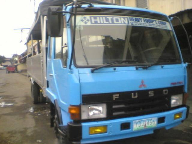 2006 mit fuso fighter