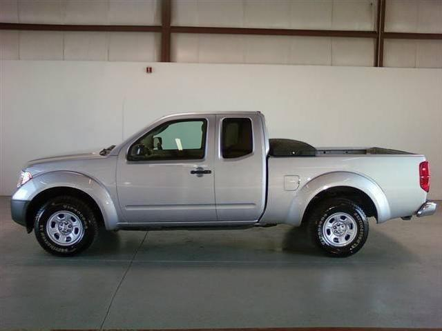 nissan frontier used cars in west chicago mitula cars. Black Bedroom Furniture Sets. Home Design Ideas