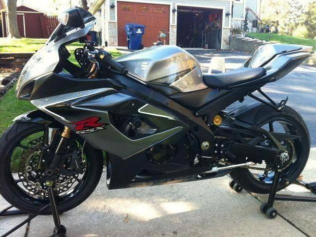 suzuki gsx r 1000 illinois mitula cars. Black Bedroom Furniture Sets. Home Design Ideas