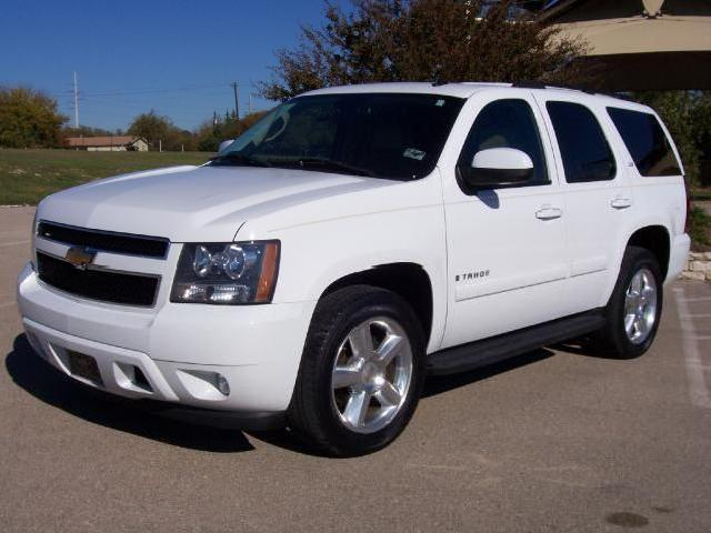 2007 chevrolet suburban 1500 reviews autoblog and new. Black Bedroom Furniture Sets. Home Design Ideas