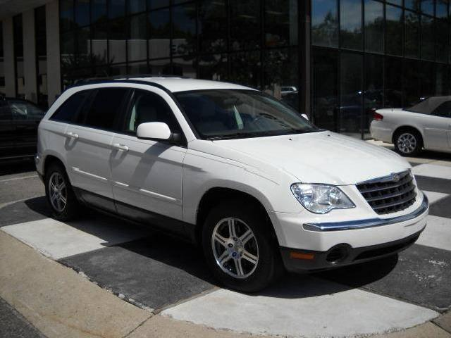 is a fine 2007 chrysler pacifica this white 2007 chrysler pacifica. Cars Review. Best American Auto & Cars Review