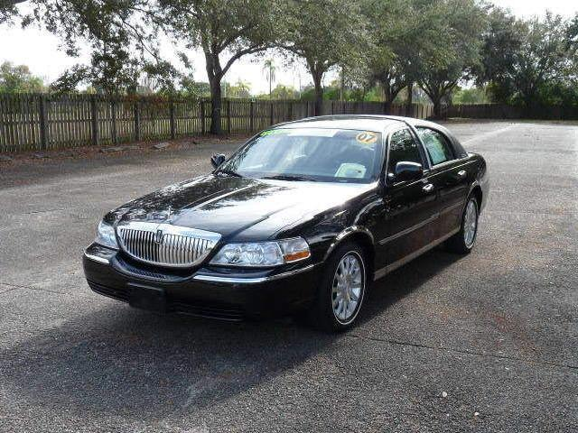 Lincoln Town Car Used Lincoln Town Congressional Mitula Cars