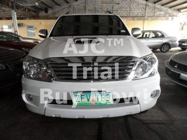 2007s toyota fortuner v 4x4 matic 3 0 diesel top of the line