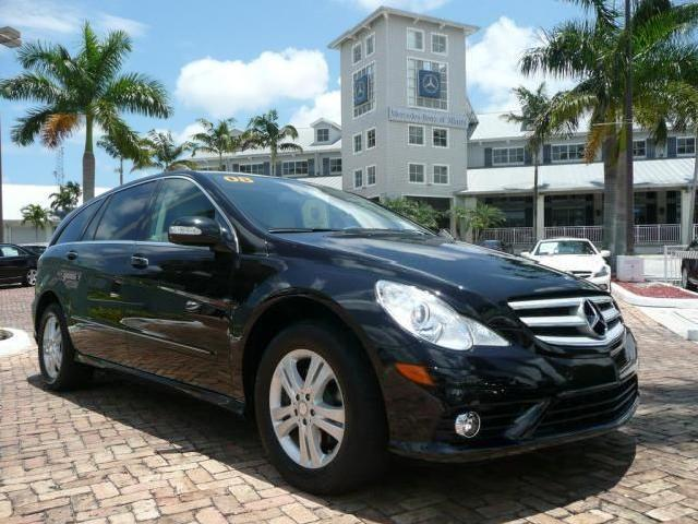 R class crossover black reno mitula cars for Mercedes benz of reno staff