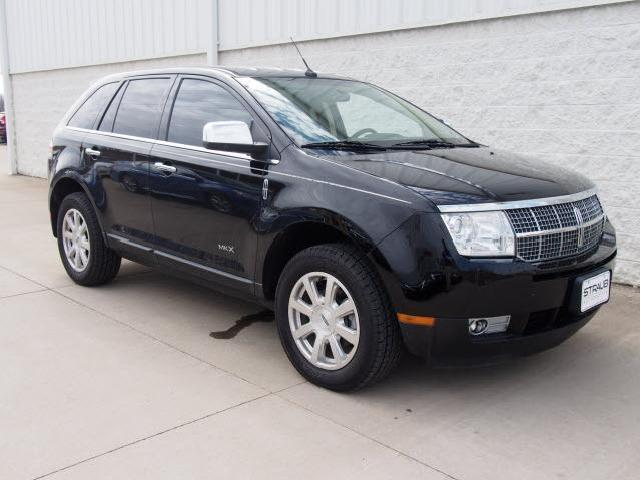 used lincoln mkx for sale special offers edmunds autos post. Black Bedroom Furniture Sets. Home Design Ideas