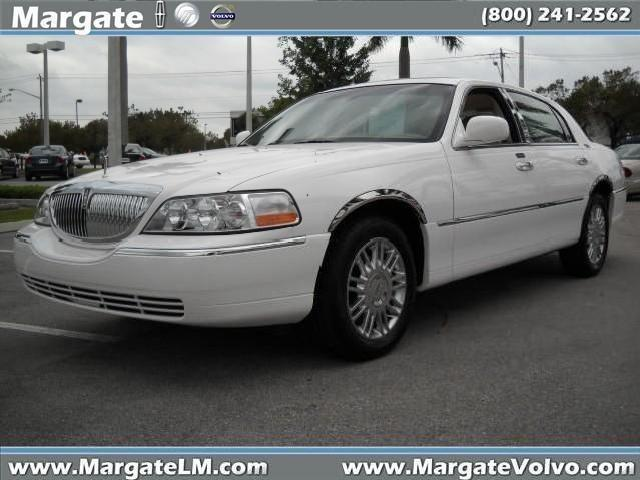 lincolntown black singles Find black lincoln town cars for sale on oodle classifieds join millions of people using oodle to find unique used cars for sale, certified pre-owned car listings, and new car classifieds don't miss what's happening in your neighborhood.
