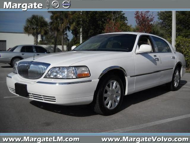lincoln town 2009 margate mitula cars. Black Bedroom Furniture Sets. Home Design Ideas