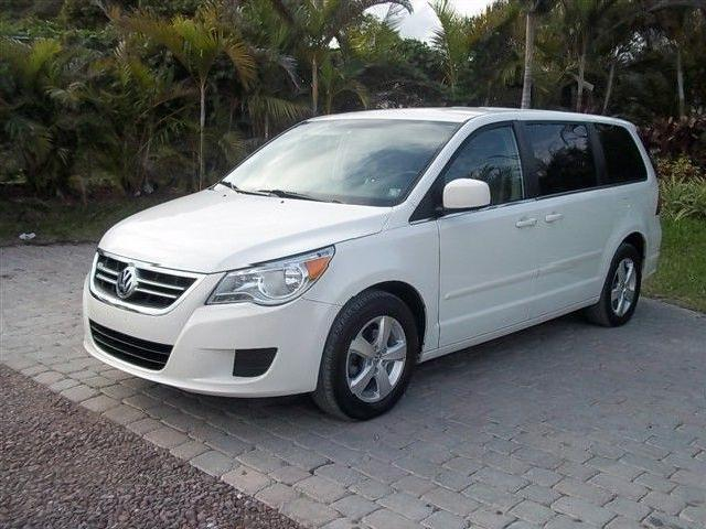 2009 volkswagen routan used cars in crystal lake mitula cars. Black Bedroom Furniture Sets. Home Design Ideas