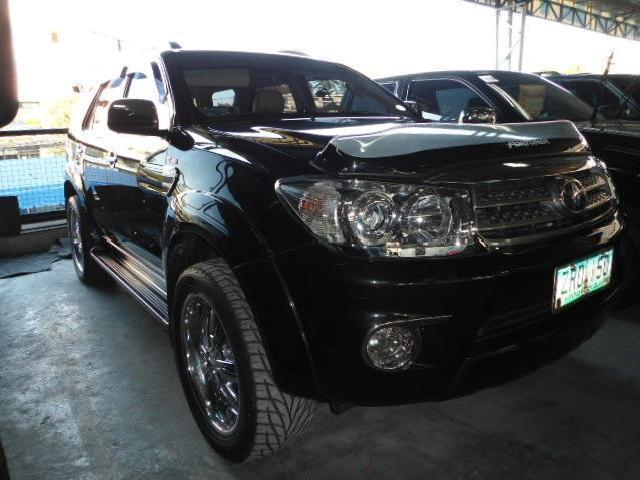 2009s toyota fortuner g diesel matic with 20