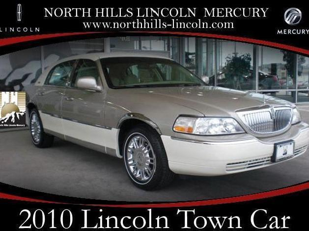 2016 Lincoln Town Car >> Two tone Lincoln Town Car Used Cars - Mitula Cars