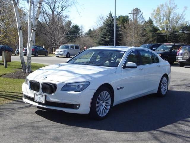 bmw 7 series new hampshire 6 white bmw 7 series used cars in new hampshire mitula cars. Black Bedroom Furniture Sets. Home Design Ideas