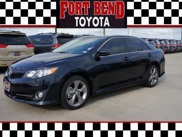 toyota camry gray 2012 bend with pictures mitula cars. Black Bedroom Furniture Sets. Home Design Ideas