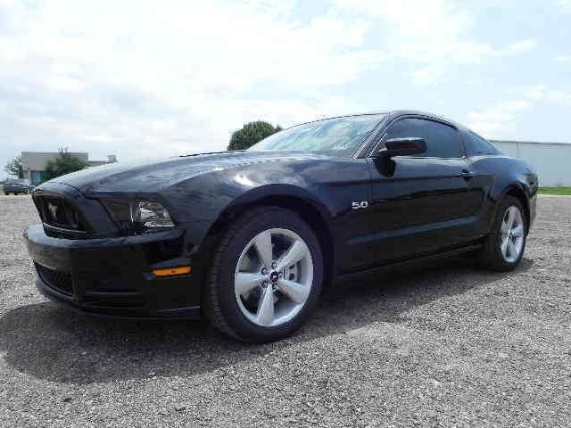 Ford Mustang Black 2013 Texas City With Pictures Mitula Cars