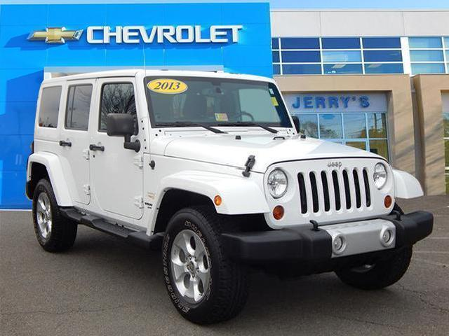 white jeep wrangler unlimited sahara used cars in virginia mitula cars. Black Bedroom Furniture Sets. Home Design Ideas