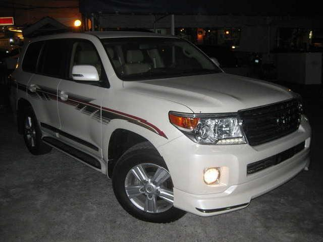 2013 toyota land cruiser gxr dubai last unit