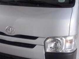 2015 toyota hi ace with big discount